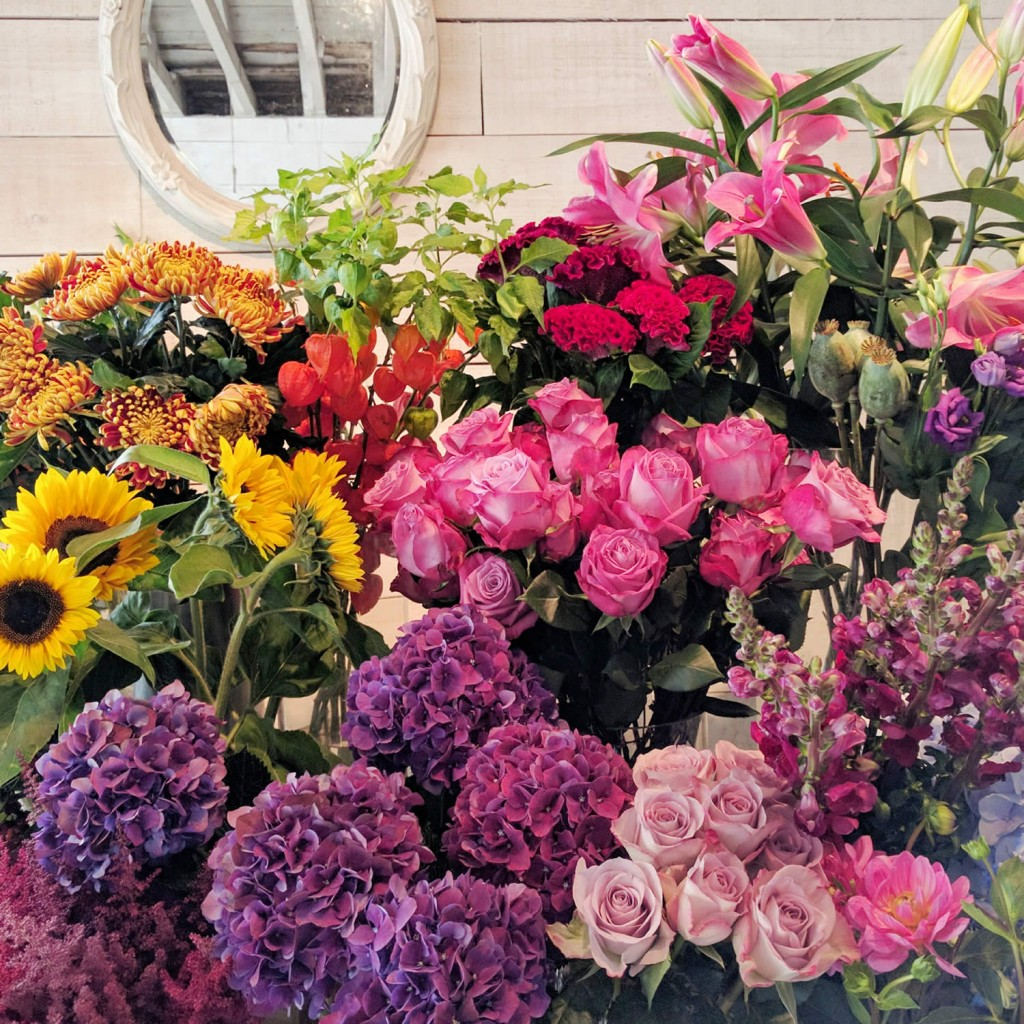 flowers-at-fabulous-flowers