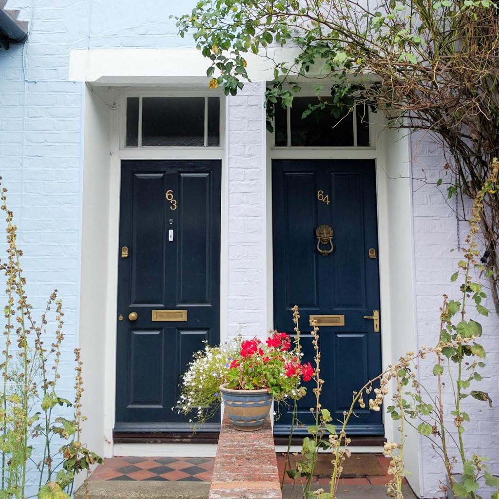 gathered-cheer-juxton-street-pastel-houses