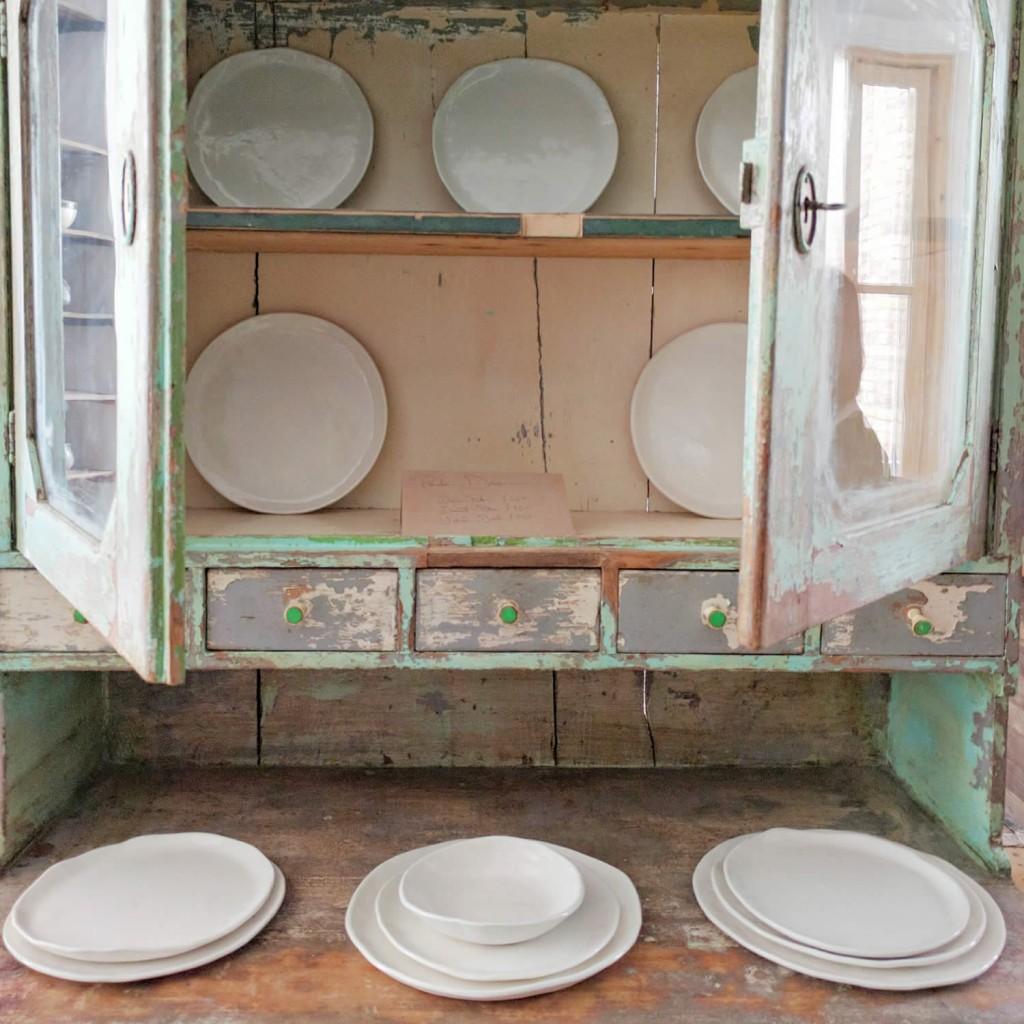 illyria-pottery-plates