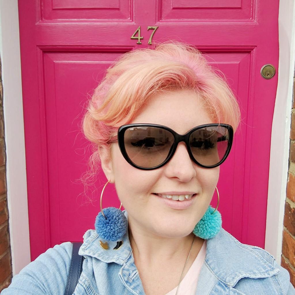 rosie-pink-door