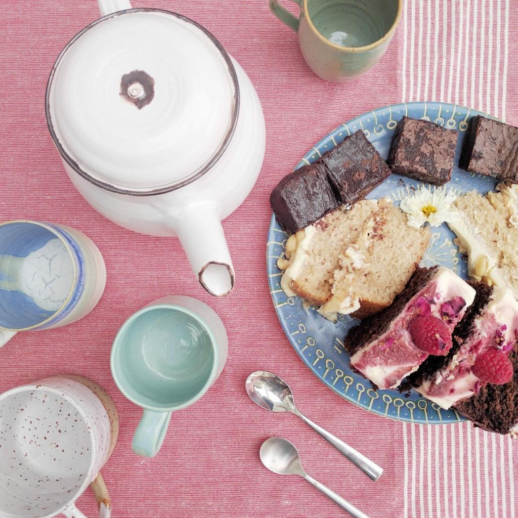 jericho-studio-pottery-cake