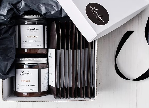 Linden Chocolate Lab Oxford