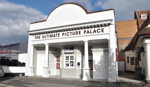 Upp Cinema